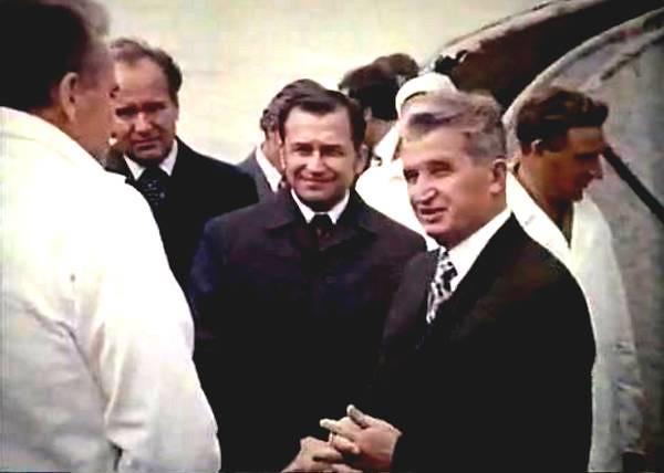 Ieseuri vesele si triste ale tovarasului Nicolae Ceausescu, ultimul stalinist al Europei (X)