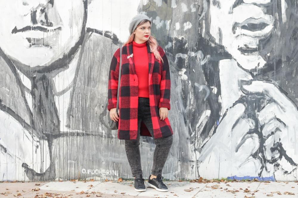 Outfit plus Kik, scozzese rosso e grigio (3)