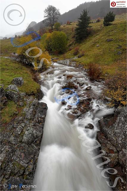 Uraren Soinuak - Los sonidos del agua