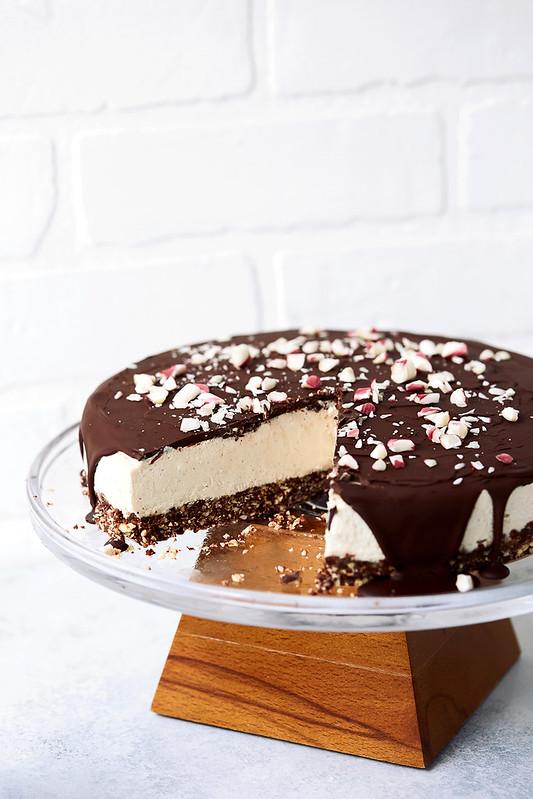 Dark Chocolate Peppermint Vegan Cheesecake