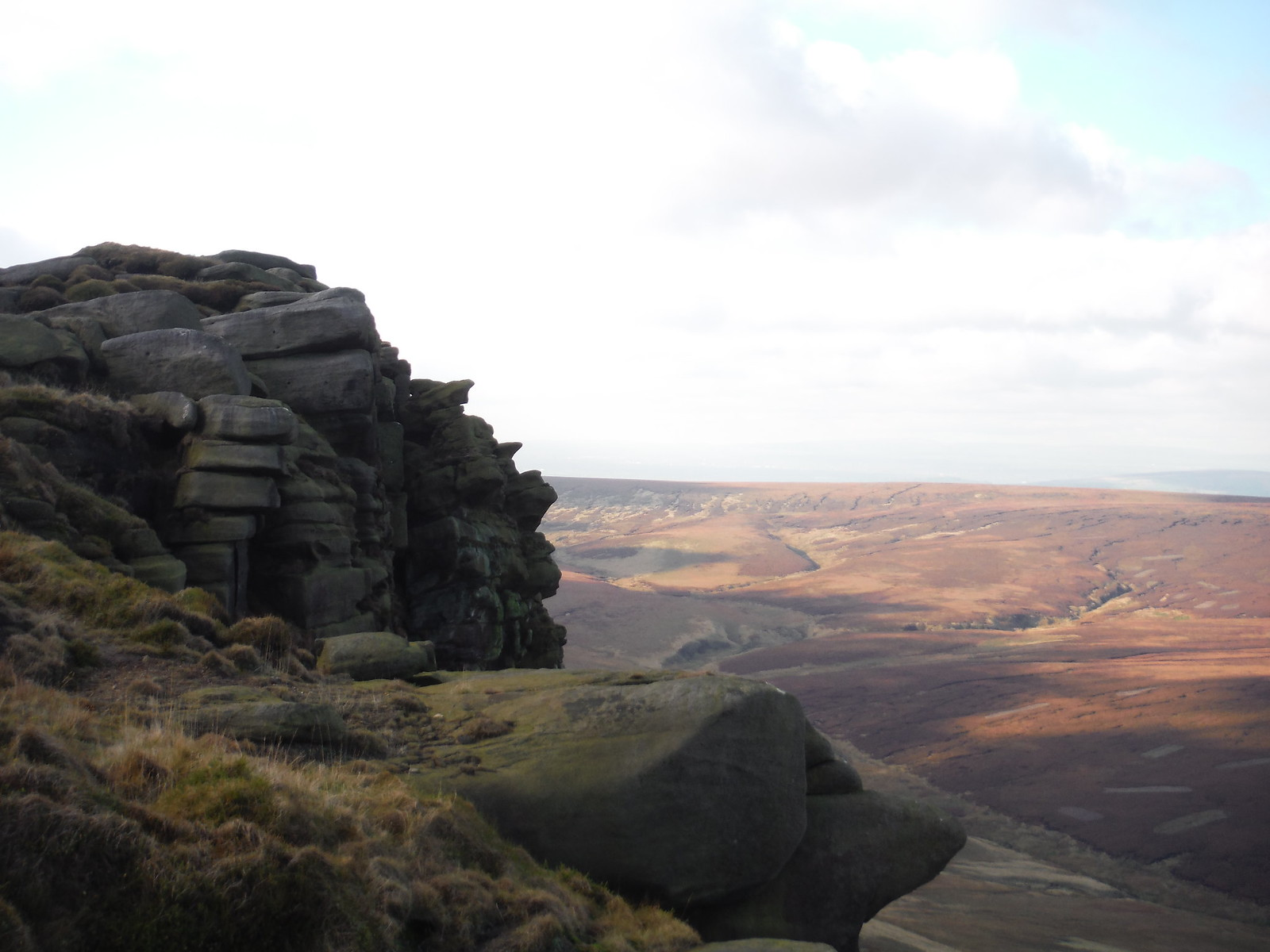 The Edge and Upper Ashop Clough SWC Walk 304 - Kinder Scout Circuit (from Edale)