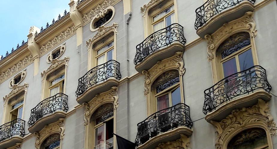 De leukste wijken van Valencia: modernisme in Valencia | Mooistestedentrips.nl