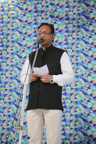 Poem by S.R. Prajapati, Asstt. Editor, Ek Nazar, Nirankari Periodicals