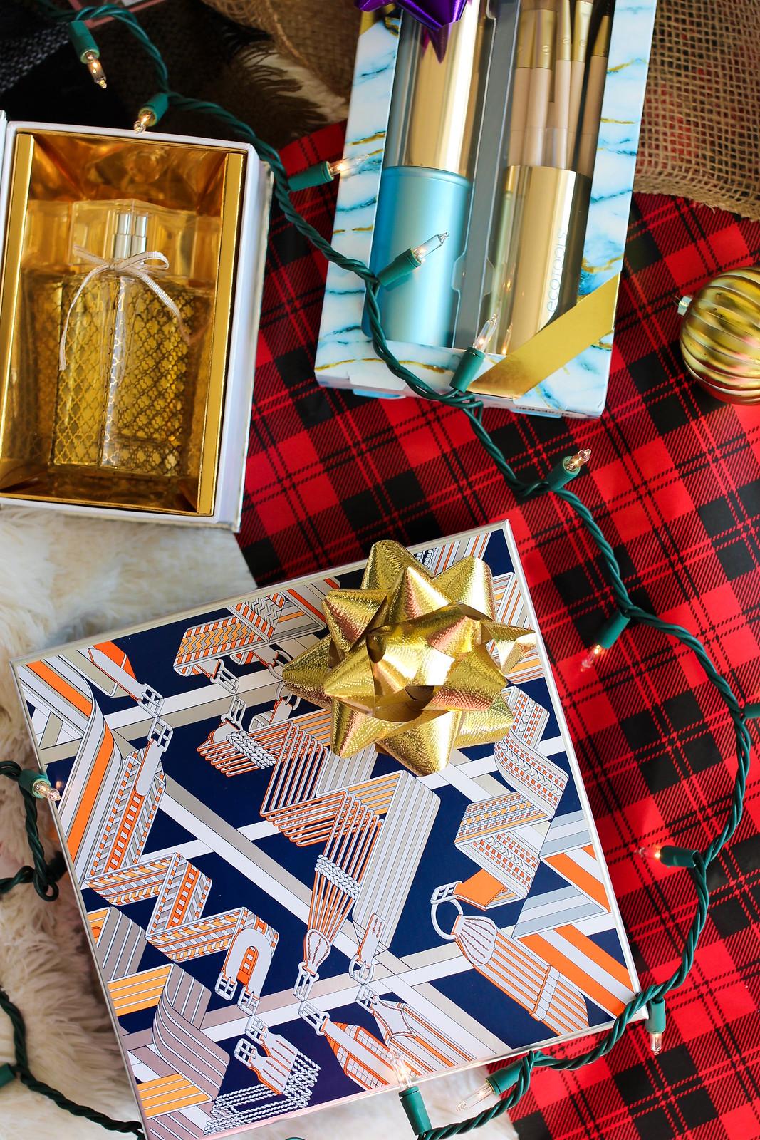 Holiday Beauty Gift Sets Ecotools Highlight & Glow Brush SetTrish McEvoy 100 Eau de ParfumHermes Eau des Merveilles