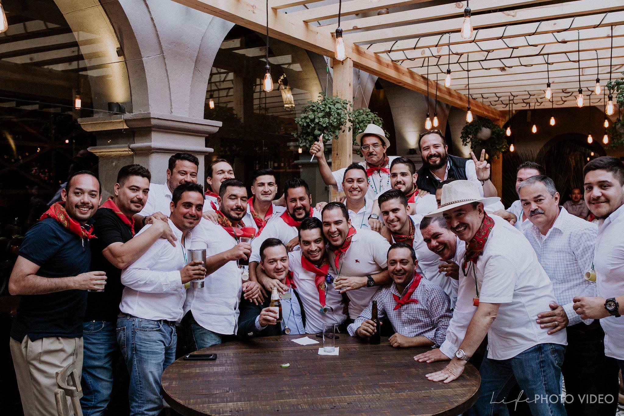 SanMigueldeAllende_Wedding_Callejoneada_Vaquillada_0089