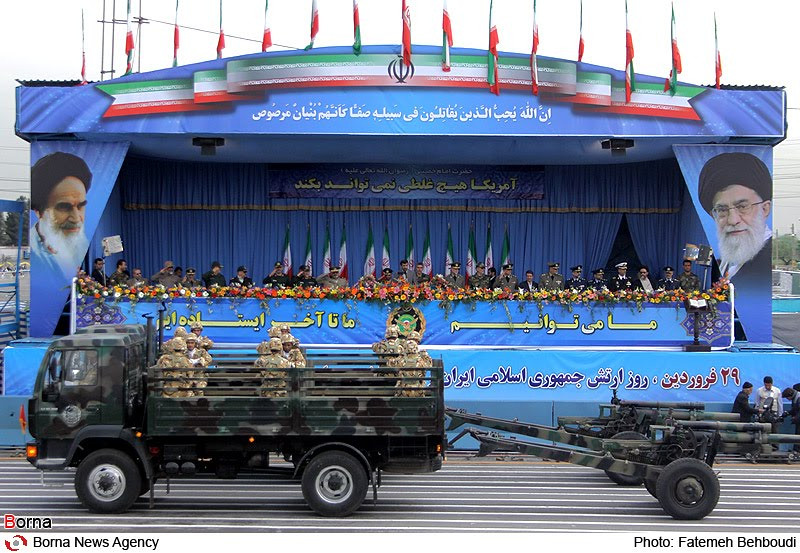 105mm-M101-iran-parade-inlj-1
