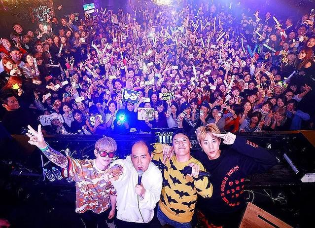 [Social Media] Seungri #승리 Instagram image Nov 20, 2017 4:27pm (KST) 昨日 @tsukasa_trandy 斉藤さんが来てくれました ありがとうございました!! #ぺっぺっぺー #bijou