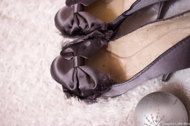 Pedro García satin heels with bows