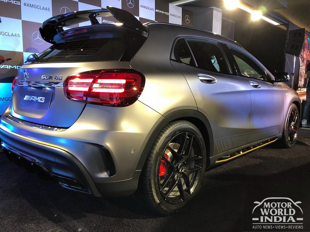Mercedes-Benz-GLA45-AMG-CLA45-AMG (14)