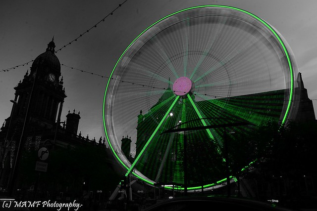 The Leeds big wheel, Long shutter speed with selective colour