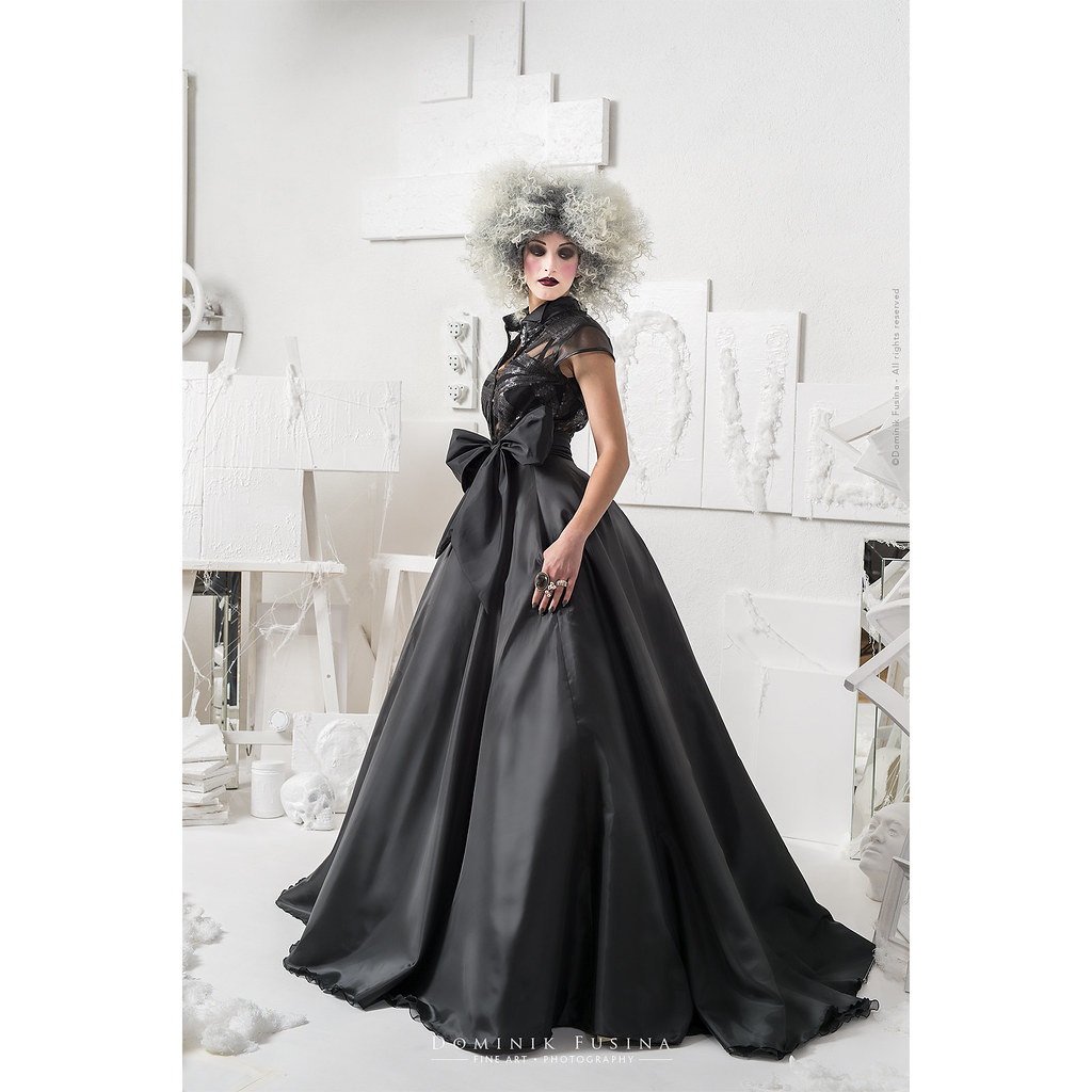 Wedding Collection 2018 by Laurent Crépeau  | Marie-Antoinette Theme
