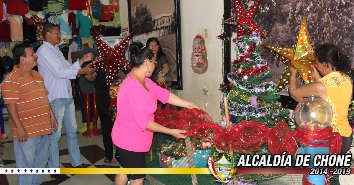 En pasaje San Cayetano se prepara la navidad
