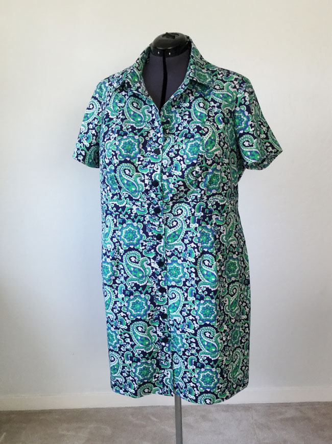 B6333 green shirtdress on form front