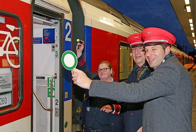 Sieben zusätzliche IC/EC-Züge
