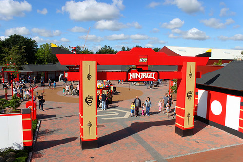 Ninjago World entrance