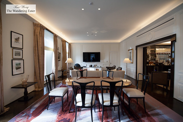 Living area at Villa Medici Presidential Suite