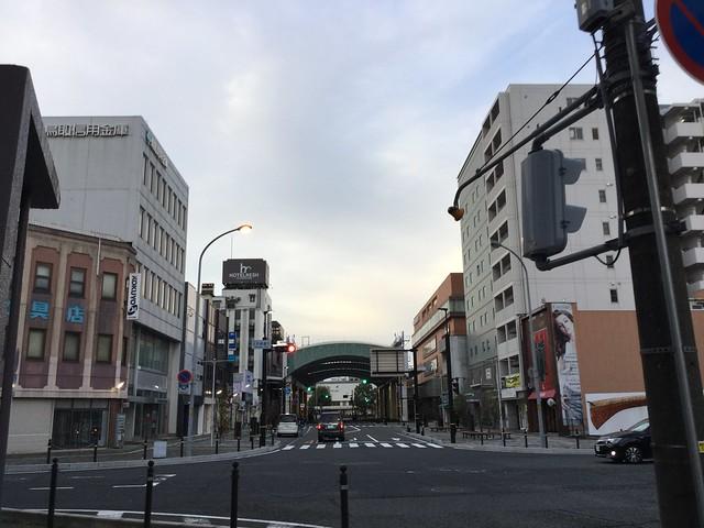 早朝の鳥取市内1