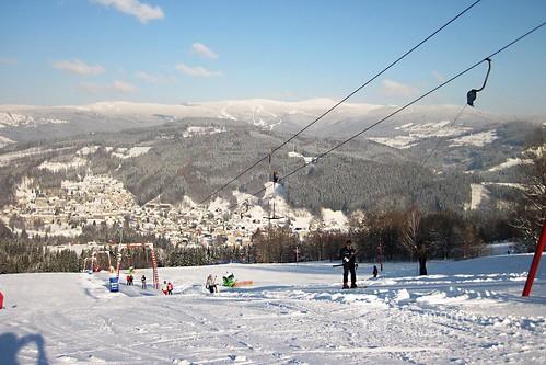 Lyžujte v lyžařském areálu KAMENEC s 28% slevou do konce zimní sezóny 2017/18