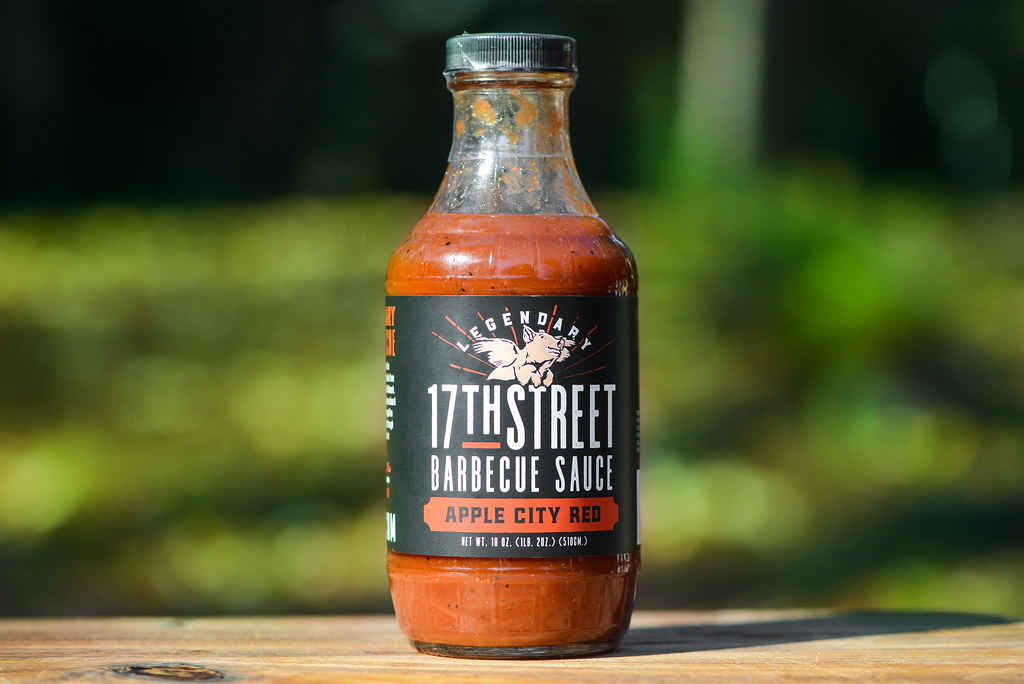 17th Street Barbecue Sauce: Apple City Red