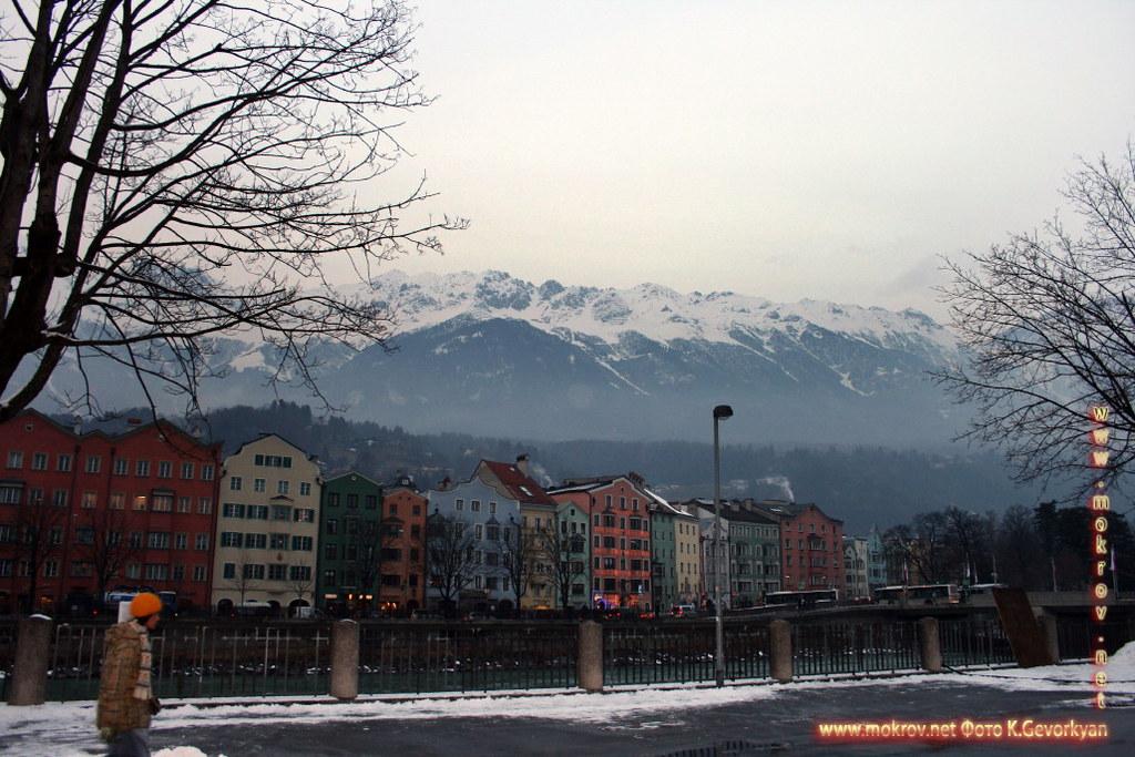Исторический центр Инсбрук — город в Австрии фотозарисовки