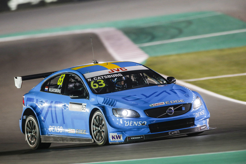 63 CATSBURG Nicky, (ned), Volvo S60 Polestar team Polestar Cyan Racing, action* during the 2017 FIA WTCC World Touring Car Championship race at Losail  from November 29 to december 01, Qatar - Photo Francois Flamand / DPPI