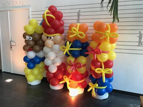 Ballonpilaar Sint en Piet en Cadeau Sinterklaasfeest van der Valk Brasserie Burgerzaken Ridderkerk