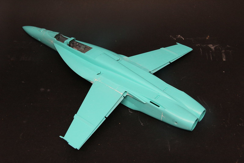 "Montage du F/A-18F ""The Idolmaster"",  1/48 38346108524_49960a2bf7_c"