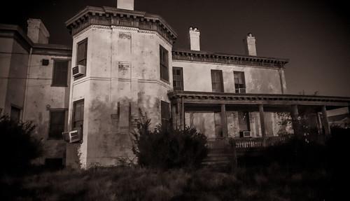 13 Acres House