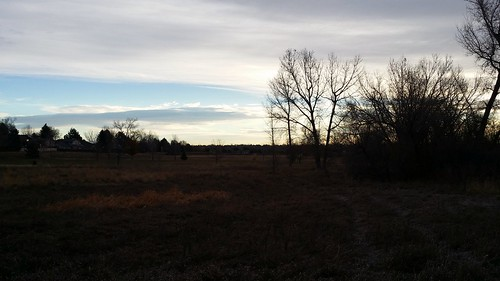 #tommw 34F mostly cloudy. Calm