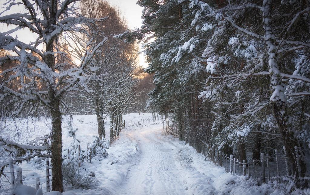 The walk to Loch Vaa