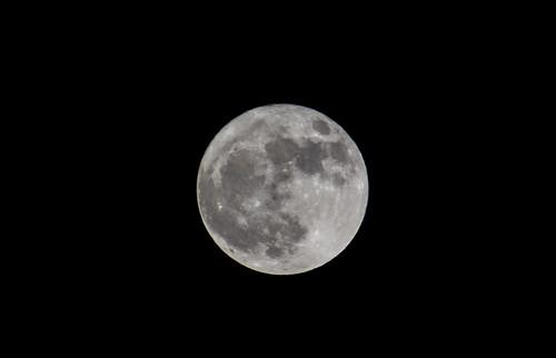 Luna / Moon.