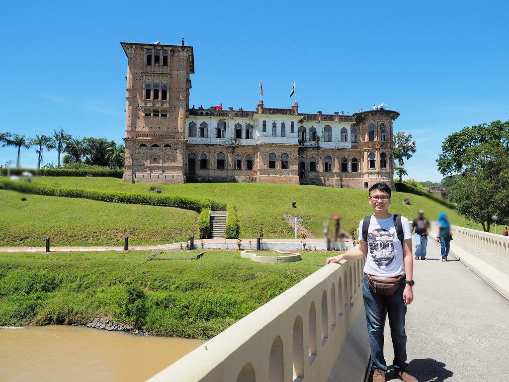 Me posing with Kellie's Castle