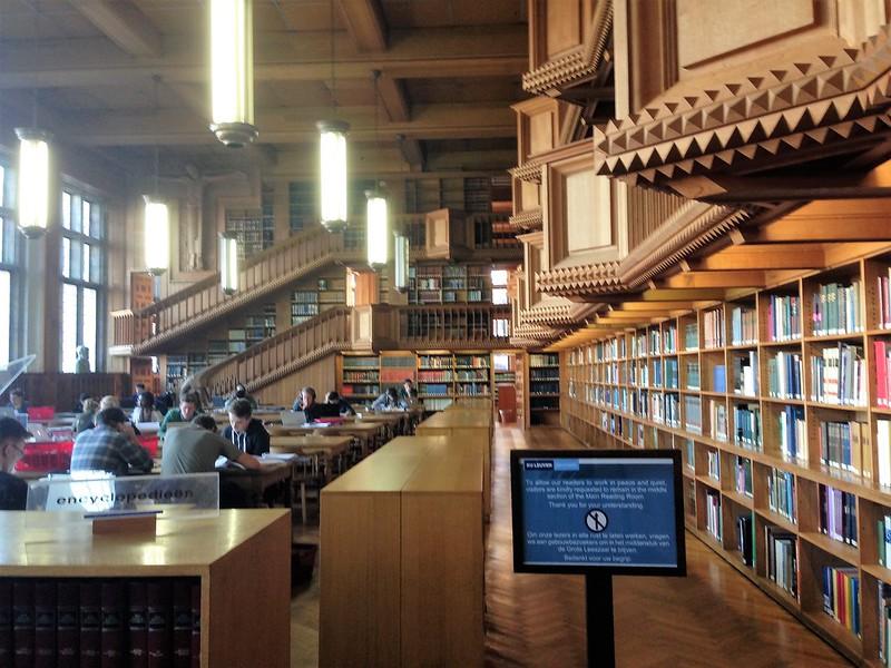 sala de estudio 2 Bibliotequeo que te veo - 24666106018 93ab07a4d7 c - Bibliotequeo que te veo