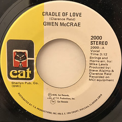GWEN MCCRAE:CRADLE OF LOVE(LABEL SIDE-A)