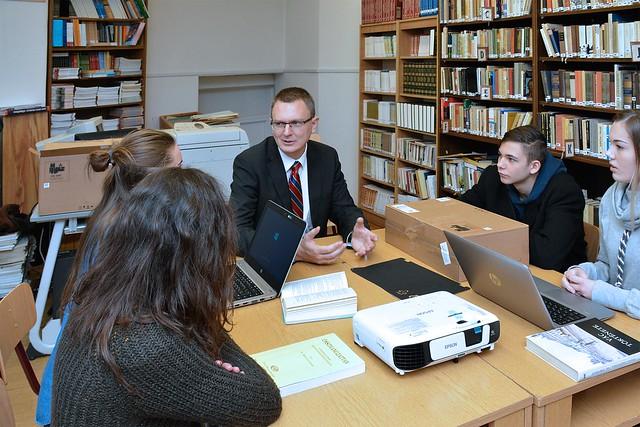 41 ezer digitális Mikulás ajándék érkezik a Közép Magyarországi Régió iskolásaihoz