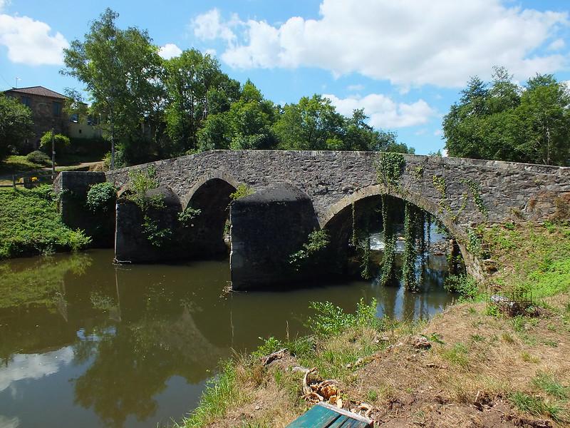 [015-004] Bagnac-sur-Célé- Pont médiéval (Lafage)