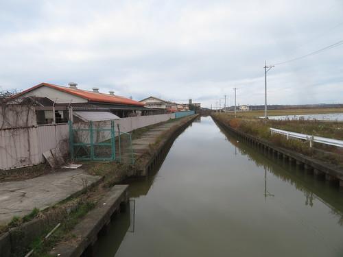 金沢競馬場の裏の川