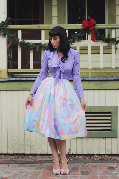 Vintage Inspired by Jackie Clock Face Border Print Full Skirt in Winter Heart of Haute Elsa Blouse