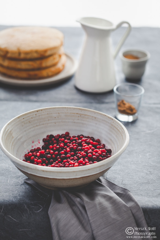 Lebkuchen-Lingonberry-Festive-Cake-by Meeta K. Wolff-0014
