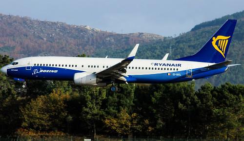 boeing  737 dreamliner livery