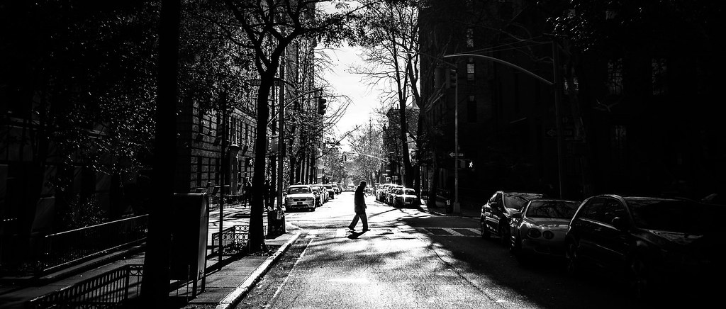 Pedestrian crossing new york black and white street photography