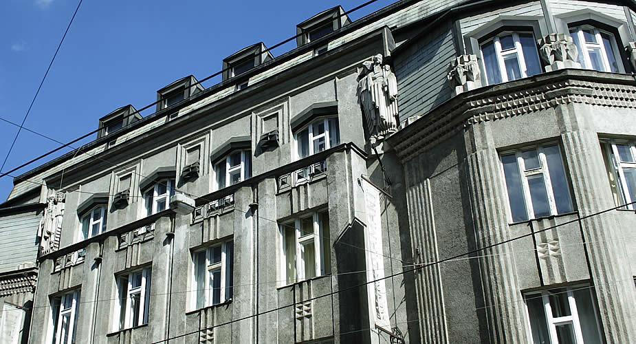 Tips Praag: bewonder het kubisme in Praag | Mooistestedentrips.nl