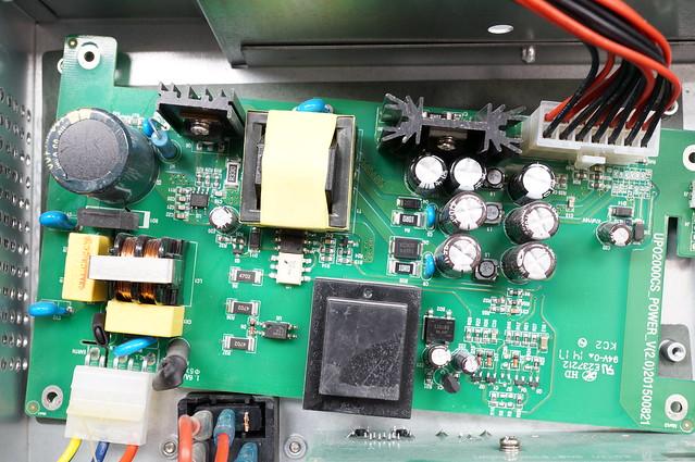 Uni-T UPO2104CS Oscilloscope Teardown