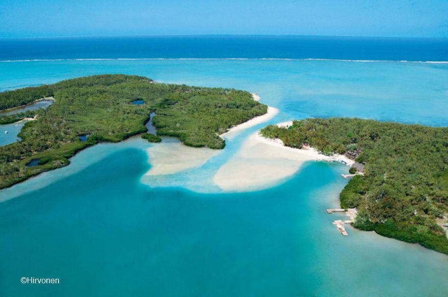 Mauritius_Beaches_Ile-aux-Cerfs-1