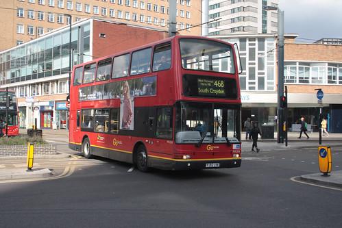 Go-Ahead London PVL318 PJ52LVV