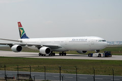 South African Airways A340 'ZS-SNF'