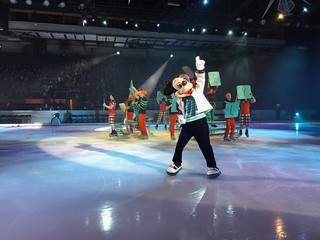 Mickey Mouse - Disney On Ice: Follow Your Heart