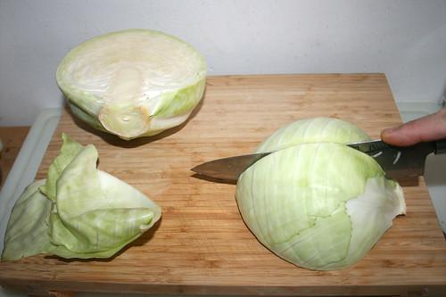 47 - Weißkohl vierteln / Quarter white cabbage