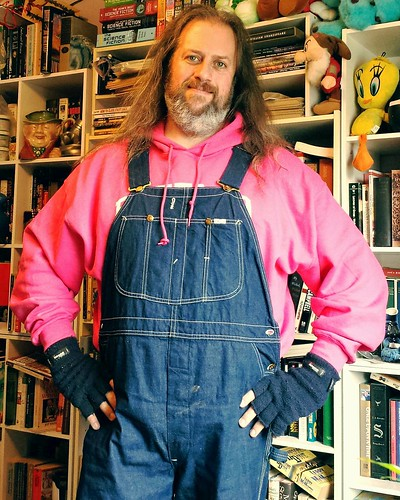 My ongoing pinkification continues with a hot pink hoodie! #ootd #overalls #vintage #Lee #bluedenim #dungarees #denim #rawdenim #pink #thinkpink