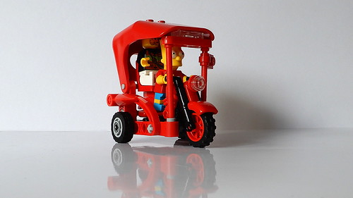 How to Build the Lego Tuk-Tuk (MOC - 4K)